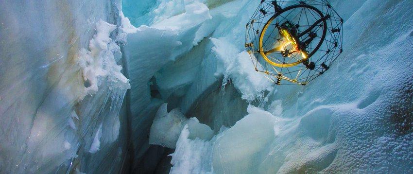 Drone flies in crevasses in altitude of 3500 meters